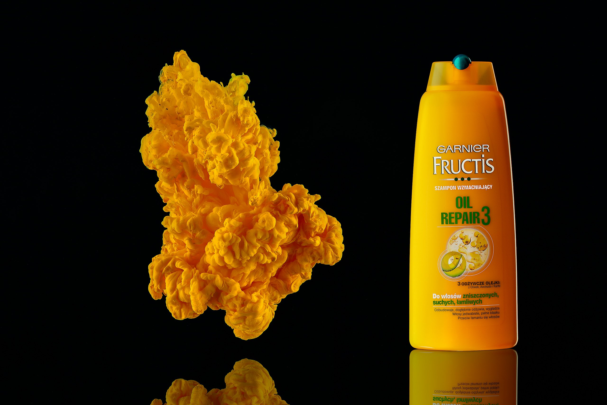 ecommerce product photography for yellow shampoo